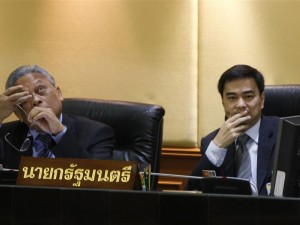 Abhisit Vejjajiva and Suthep Thaugsuban during no-confidence debate, June 2, 2010